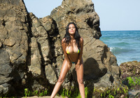Kendra Roll in Tropical Beach by Watch4Beauty (nude photo 3 of 16)