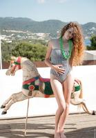 Vanessa in Sunny Ride (nude photo 2 of 16)