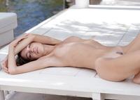 Kiki in Lovely Innocence (nude photo 12 of 16)