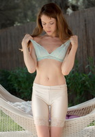 Elly in Backyard Memories (nude photo 5 of 16)