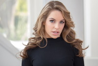 Kimmy Granger in Meet Kimmy by Wow Porn (nude photo 4 of 16)