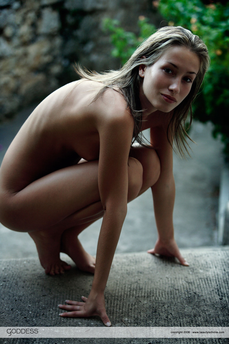art-photograph-nudes-amateur-models
