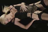 Izzy in The Dark (nude photo 1 of 16)