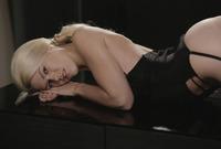 Izzy in The Dark (nude photo 14 of 16)