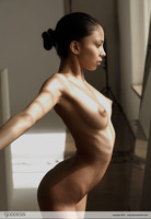 Alexis Love Tiny Dancer (nude photo 8 of 12)