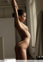 Alexis Love Tiny Dancer (nude photo 10 of 12)