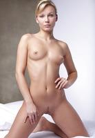 Kristi in My Little Secret (nude photo 3 of 16)