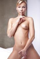 Kristi in My Little Secret (nude photo 6 of 16)