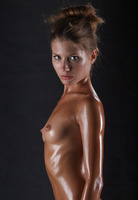 Sofia Dripping Wet (nude photo 6 of 16)
