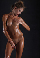 Sofia Dripping Wet (nude photo 12 of 16)