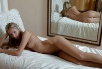Tara (nude photo 15 of 16)
