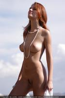 Ella in El Viento (nude photo 4 of 25)