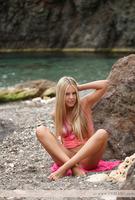 Natural Beauty Hloya (nude photo 9 of 12)