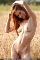 Natural Nude Beauty (nude photo 3 of 16)