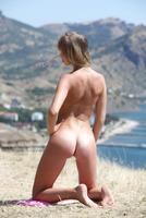 Alicia in Leniter by Zemani (nude photo 13 of 16)