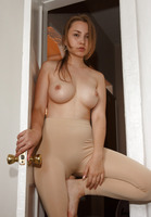 Zuzanna Miros in Art School Dropouts by Zishy (nude photo 15 of 16)
