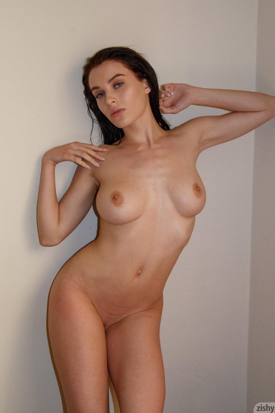 Lana rhoades nake